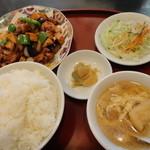 ぼん天中華ハウス - 鳥肉と野菜の味噌炒め