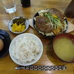 22228354 - 「佐賀牛ハンバーグ定食ダブル(\930)」