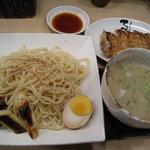 北井てっぺい - つけ麺とギョーザ