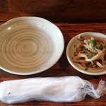 遊の谷 - 鶏皮の酢の物の小鉢は無料でした♪