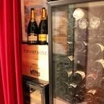 フランス家庭料理  グランダミ - 今日はどんなワインをお探しですか?オーナーソムリエにぜひご相談を(*^。^*)