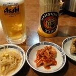 中華料理 三好 - 生ビールセット ¥500 (豆もやし、キムチ、唐揚げ)