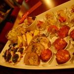 フランス家庭料理  グランダミ - パーティ前菜盛り合わせは、見ただけで楽しくなります♪
