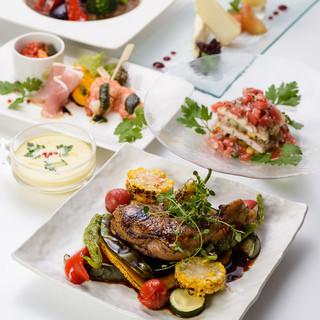 お野菜たっぷり、色々な料理をお楽しみいただけるお得なコースご用意しております♪