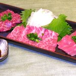玄祐 - 熊本直送の綺麗なサシが入った霜降りや、やわらかくとても美味しいハラミを堪能できる一品です。