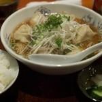 えるえる - 日替わり定食(水餃子ラーメン、ご飯)