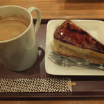 CAPRI - ケーキセット(630円)味は普通。