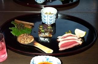 蕎麦 阿き津 - 前菜・煮凝り、鴨燻製、焼き蕎麦味噌