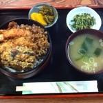 朝日屋 - 天丼1050円