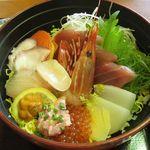浜っこ食堂 - 海鮮丼¥1,480