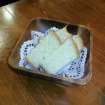 タベルナ キンタ - ふわっともっちりパン。