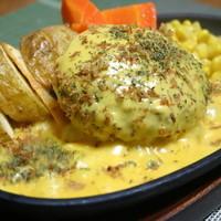 ハンバーグレストラン まつもと - ハンバーグステーキ【チーズソース】