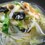 廣東 - あっさり 塩味 野菜の旨味が効いてます