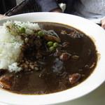 カフェ・ノビロ - ハヤシライス(1050円)。よく煮込まれた牛肉がたっぷり入っていました