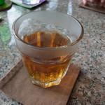 カフェ・ノビロ - 最後に温かいお茶が出てきました