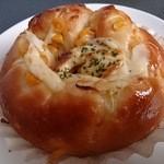 Baker nap - ツナマヨコーン 180円