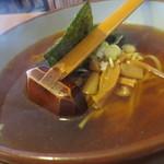 旬菜中華工房 - 醤油の麺です。単品なら650円。