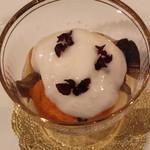 トゥ・ラ・ジョア - 天然の茸と生ウニのお浸し (2013/10)