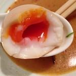 老麺 田ぶち - 黄身だけではなく白身まで半熟
