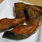 南保留太郎商店 燻製屋 - 南保留太郎商店 「鮭カマの燻製」