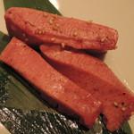 焼肉チャンピオン - 厚切り極上たん(塩)