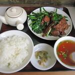 22277373 - レバニラ炒め定食