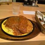 オレンジジュース - 料理写真:トンカツミートスパ
