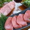 梅桜亭 - 料理写真:黒毛和牛 特選カルビ焼肉