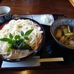 うどん・ど・りっち - 鴨汁うどん 900円