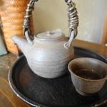 茶処 こ寿々 - ほうじ茶が美味しかった♪