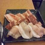あみ焼 元祖 しちりん - 焼肉3種盛り
