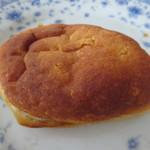 COPAIN MONTMARTRE - カレーパン(137円)