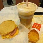 マクドナルド - マックトーストモーニングセット(アイスカフェラテ) 410円