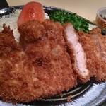 Niimura - ロースかつ定食¥1,450