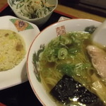 ぶんぶく茶屋 - ラーメン定食780円