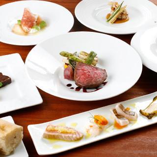 コースのお料理はシェフおまかせ。その日のお勧め食材を使用。