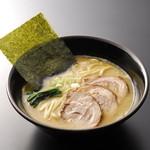 しょうゆのおがわや - 料理写真:半ちゃーしゅー麺