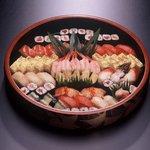 鮨政 - 料理写真:特上寿司盛。店主が心を込めて一貫一貫握ります☆彡