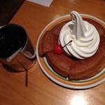 22303635 - シロノワール&普通アイスコーヒー