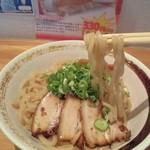 喫茶Live - かなりの太麺で腰があります