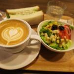 ピース コーヒーロースターズ - ランチセット(サンド+サラダ+ドリンク)480円