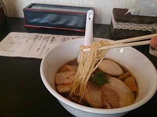 らぁ麺 飛鶏 - 鶏そばリフトアップ