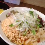 麺喰い メン太ジスタ - だにえるパンチ(辛味噌和え麺)