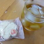 バッケンモーツアルト - 2013.11 別の日に寝酒のバーボンと一緒に。