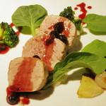 22316937 - お肉のメイン料理ランチ(ポークフィレ肉のソテー カシスソースのアップ、2013年9月)