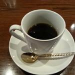 22318746 - 未だ飲んでませんがセットのコーヒー(150円)です。
