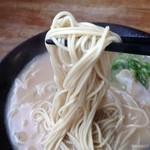 らーめん 中 - 麺