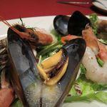 パパミラノ - 海老、サーモン、ムール貝のシーフードプラッター