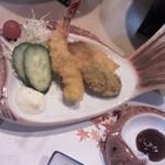 うつみ - えび、白身魚、牡蠣のフライ