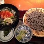 高田屋 - 11月のランチセット そばとサーモン親子丼
